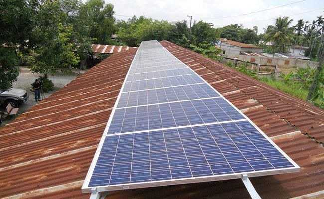 Lắp điện năng lượng mặt trời độc lập vùng có chi phí kéo điện cao