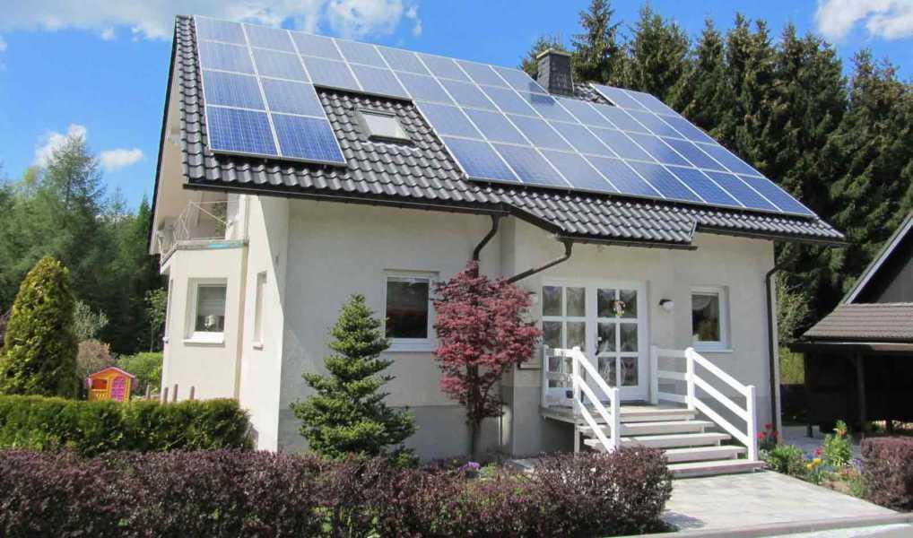 Lắp điện năng lượng mặt trời Hybrid cho nhà, doanh nghiệp
