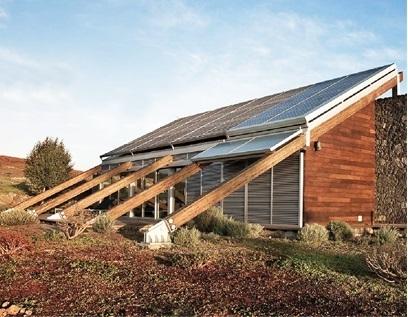 Lắp điện năng lượng mặt trời Hybrid cho trung tâm dữ liệu